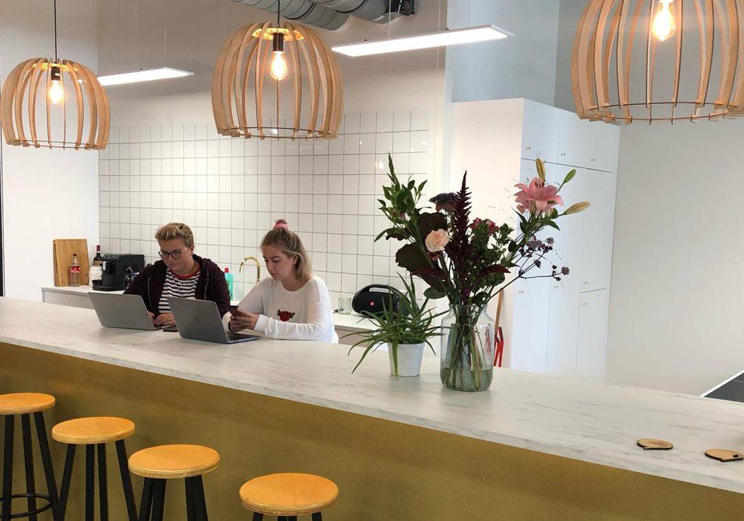 Bar nieuw kantoor GoldfiZh