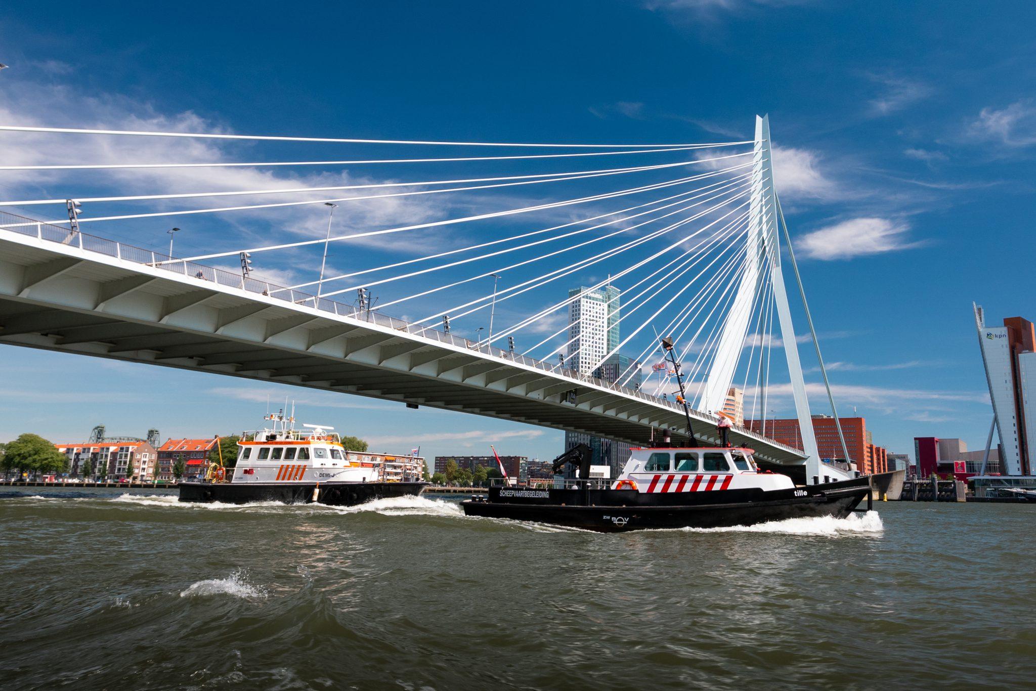 scheepvaartbegeleiding nederland erasmusbrug
